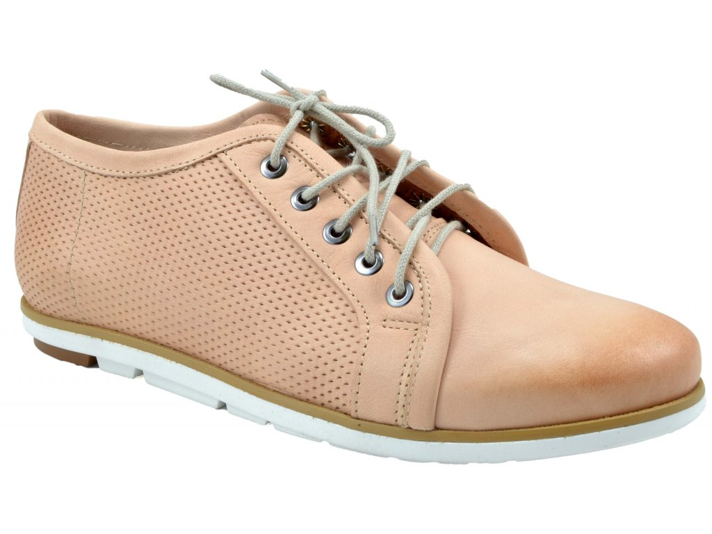 43ac7984fc Trendy v dámské kožené obuvi pro jaro 2019